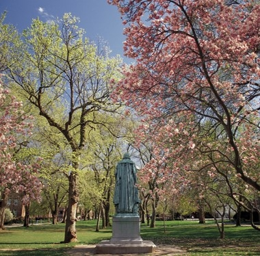 Picture of Willie the Silent statue on Rutgers New Brunswick campus in spring